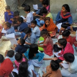 Students in Pakistan Bible Class